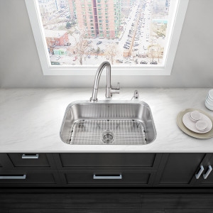 "VIGO ALL-IN-ONE 30"" ELDRIDGE STAINLESS STEEL UNDERMOUNT KITCHEN SINK SET WITH HARRISON FAUCET IN STAINLESS STEEL, GRID, STRAINER AND SOAP DISPENSER"