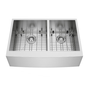 "VIGO 33"" Chisholm Stainless Steel Double Bowl Farmhouse Kitchen Sink, Two Grids And Two Strainers"