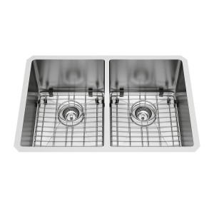 "VIGO 29"" X 20"" NEWHALL STAINLESS STEEL DOUBLE BOWL UNDERMOUNT KITCHEN SINK, WITH GRIDS AND STRAINERS"