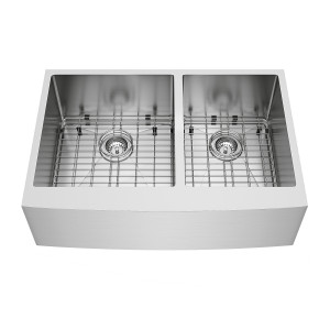 "VIGO 33"" Bingham Stainless Steel Double Bowl Farmhouse Kitchen Sink, Two Grids And Two Strainers"