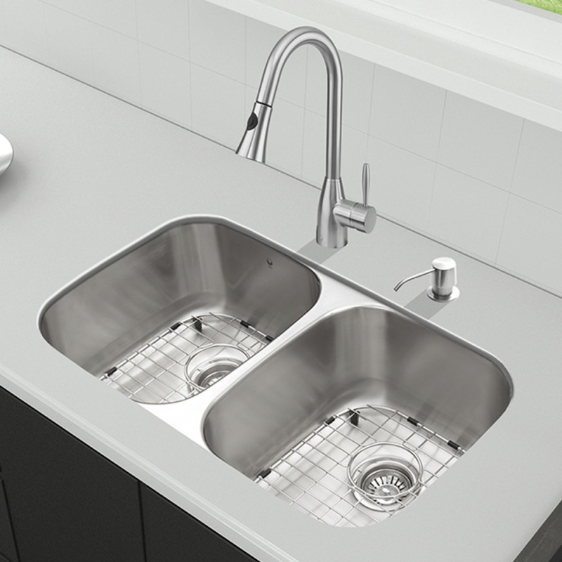 All-in-One 32-inch Undermount Stainless Steel Kitchen Sink and ...