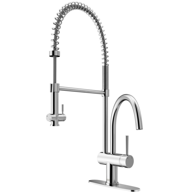 Vigo Dresden Pull Down Spray Kitchen Faucet With Deck Plate