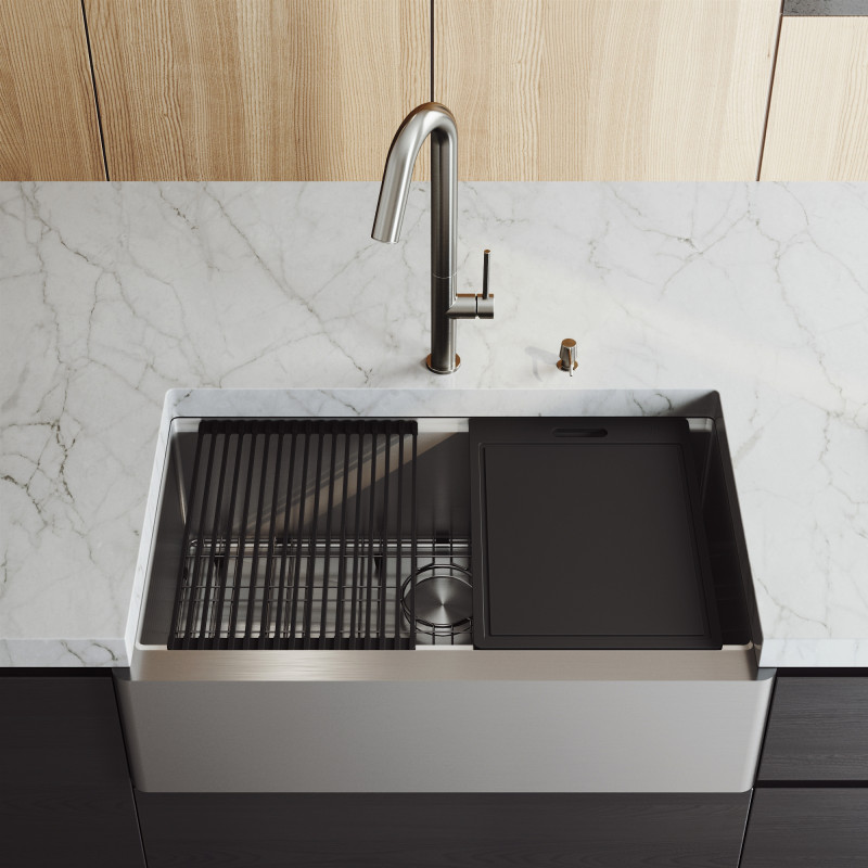 Vigo 33 Inch Handmade Single Bowl Stainless Steel Oxford Flat Apron Front Farmhouse Kitchen Sink And Oakhurst Led Pull Down Kitchen Faucet And Soap Dispenser Workstation In Stainless Steel